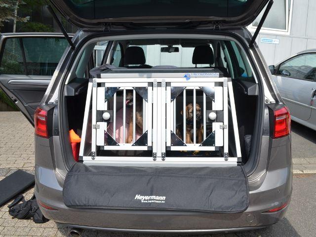 hundebox doppelbox f r vw golf sportsvan sonderbau 329 749 0. Black Bedroom Furniture Sets. Home Design Ideas