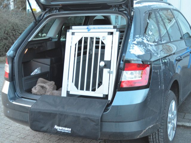 stabile hundetransportbox für skoda fabia 3 combi typ nj , hundebox