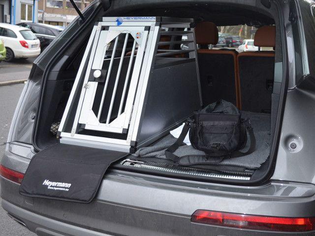 ma angefertigte hundetransportbox in hoher qualt t f r. Black Bedroom Furniture Sets. Home Design Ideas