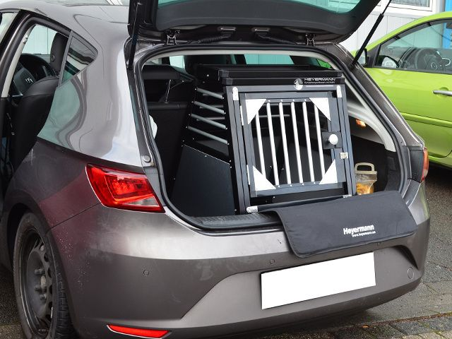 individuell hundebox einzelbox f r seat leon 3 generation typ. Black Bedroom Furniture Sets. Home Design Ideas