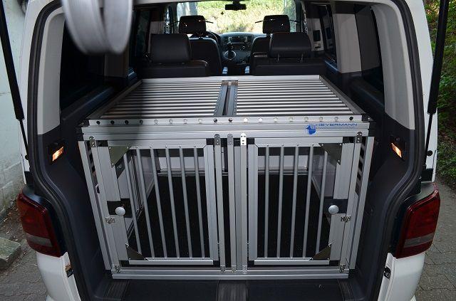 individuelle hundetransportbox doppelbox f r vw t5 bus. Black Bedroom Furniture Sets. Home Design Ideas