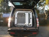 Individuelle Hundetransportbox/ Doppelbox für Land Rover Discovery 4 (Individualbau 42)
