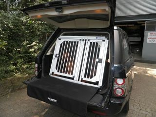 Individuelle Hundetransportbox/ Doppelbox für Land Rover Discovery 4 (Individualbau 40)
